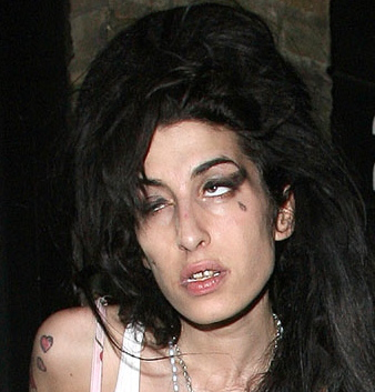 amy winehouse is hot